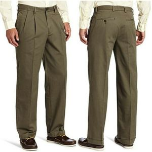 NWT Izod Mens Madison Chino Classic Fit Pants